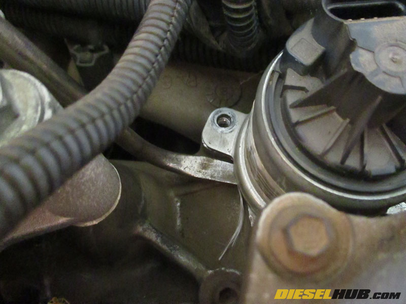 60l Power Stroke Egr Valve Removal Replacementrhpowerstrokehub: Ford 6 0 Egr Valve Location At Gmaili.net