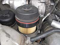 Removing engine mounted fuel filter